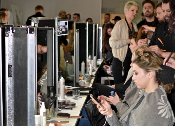 Bild backstage catwalk