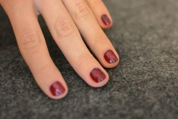 lackierte-finger