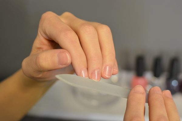 nagel ausbessern