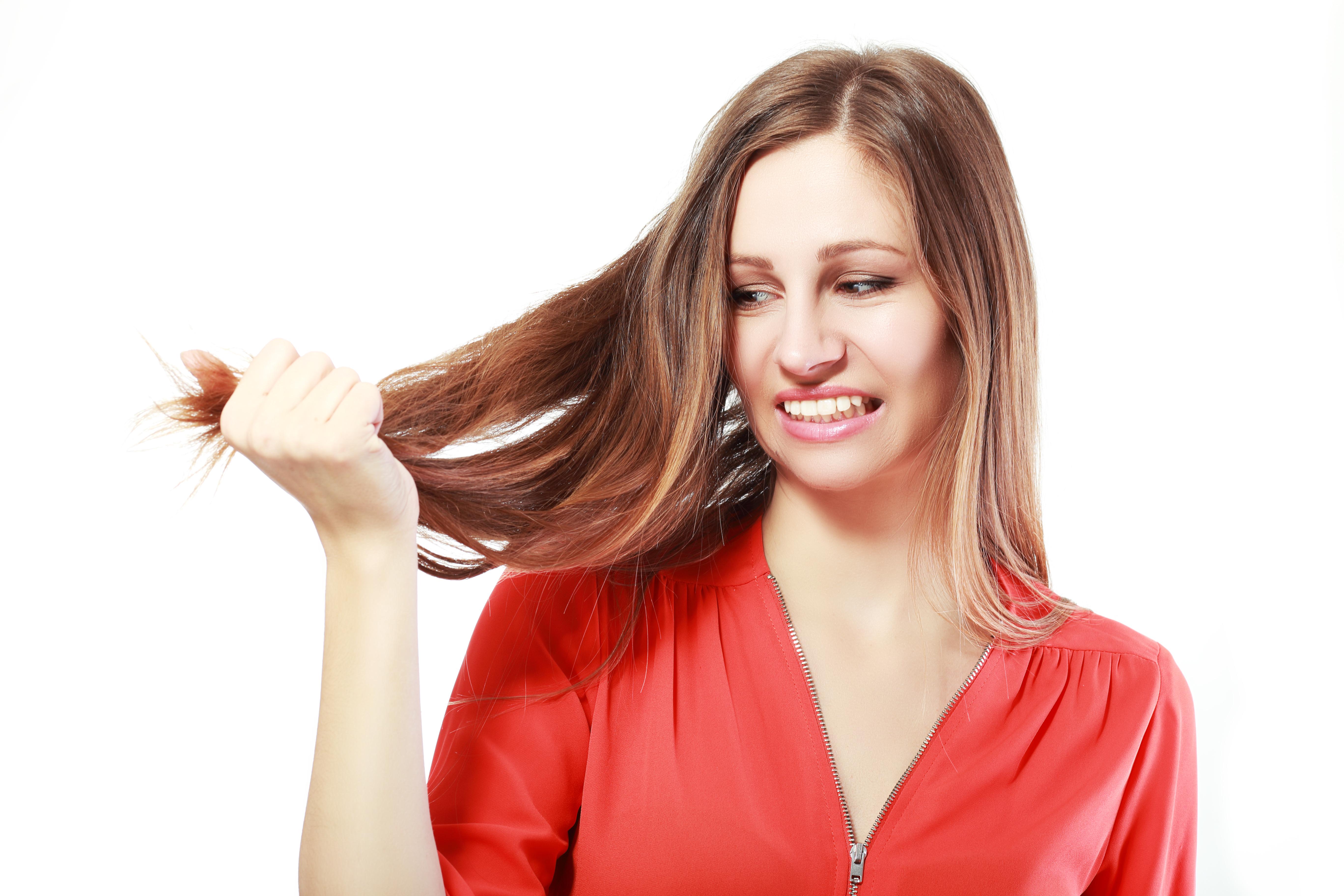 richtige haarpflege trockenes haar modische haarschnitte und haarf rbungen. Black Bedroom Furniture Sets. Home Design Ideas